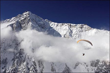 On glide to Nanga Parbat. Photo: Olivier Laugero