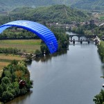 The Bidule: Little Cloud's mini tandem paraglider