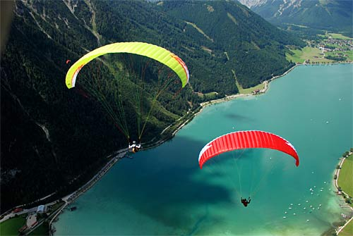 Nova Ion Light lightweight intermediate paraglider