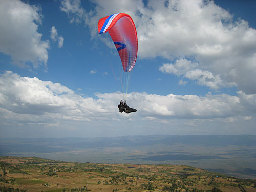 Skywalk's Join't2, setting records in Kenya's Kerio valley.