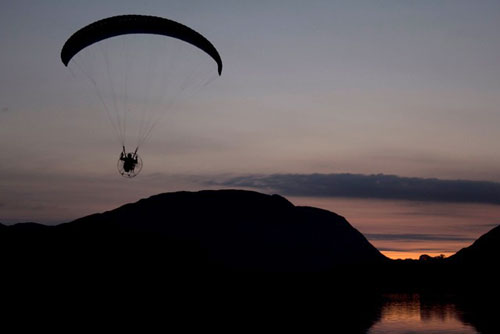 Sunset paramotoring, Lakes Charity Classic 2011
