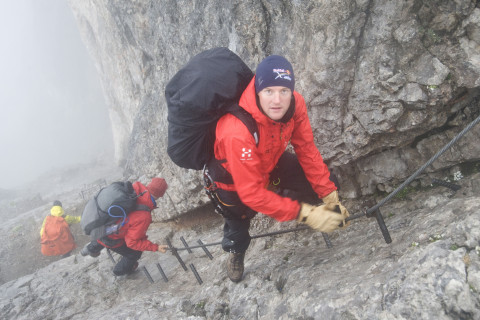 Christian Maurer (SUI1), Paul Guschlbauer (AUT4) - climbing down the Dachstein mountain