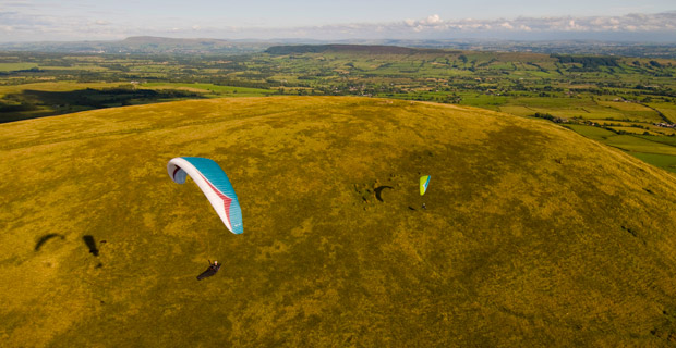 Have glider will travel... a week long road trip through England's rolling hills. Photo: Jerome Maupoint