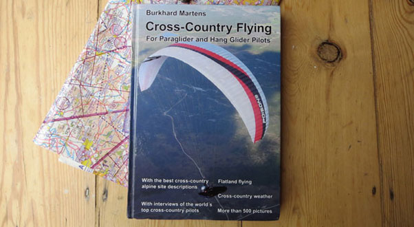 Cross Country Flying: The new book from Burkhard Martens