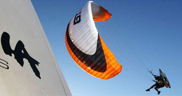 Paramania to open flying centre in Spain