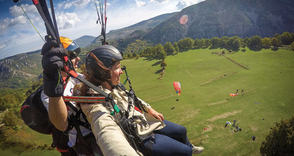 Paragliding tandem in France