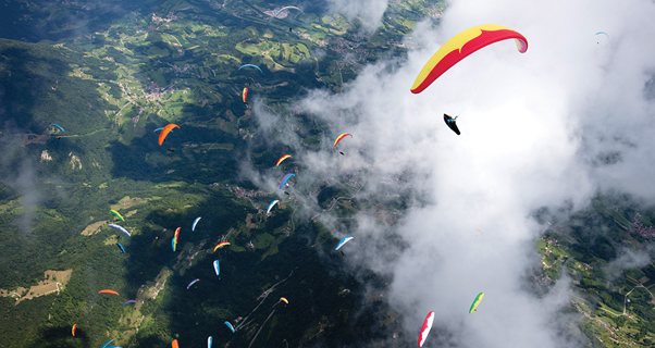 Paragliding at the Paragliding World Championships 2017. Photo: Martin Scheel