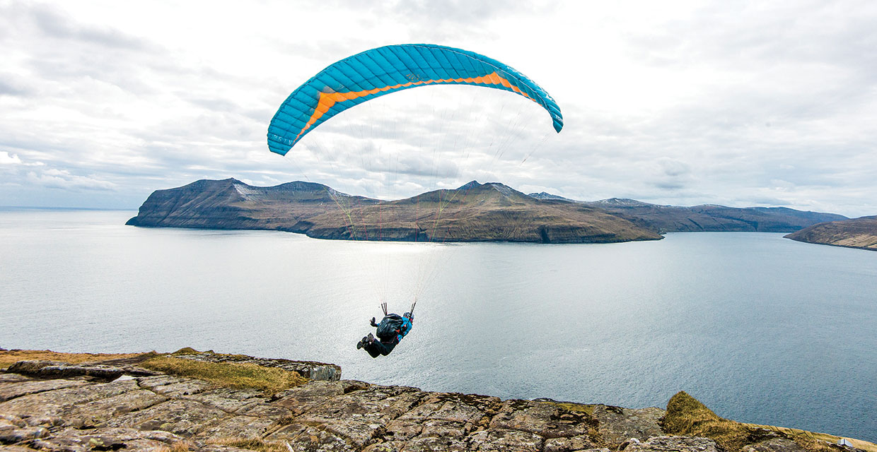 Paragliding in the Faroes, by Jerome Maupoint